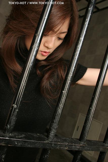 高飛車モデル・監禁汁懲罰 無修正画像02