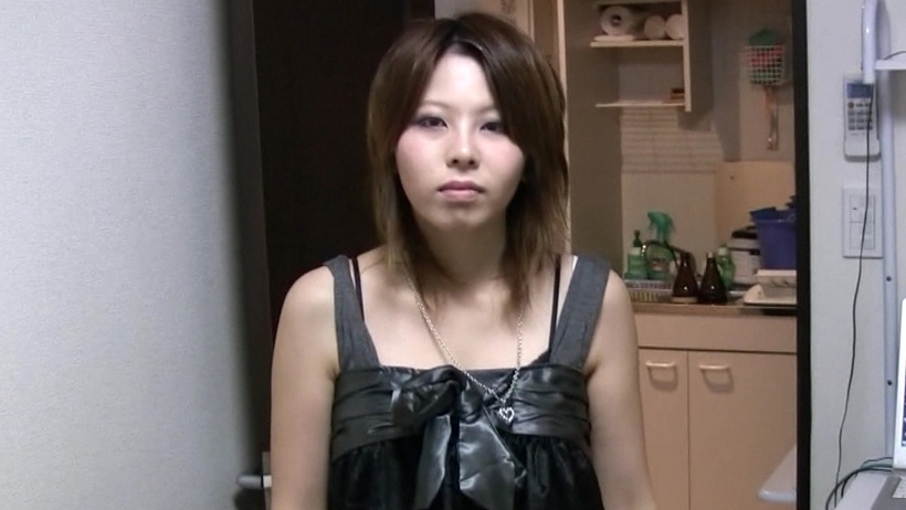 Tokyo Hot bouga0093 GIRLS&BOUGA コンビニでバイトしてるゆいちゃん(19)咥えたら離さない極締まりのまんこに生忘我